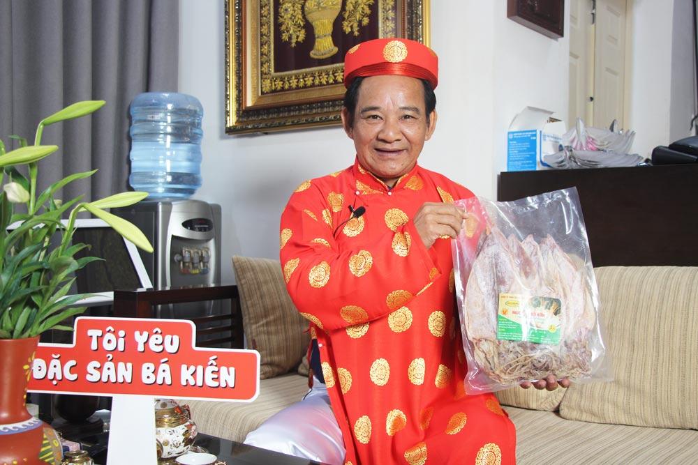 Nghệ sĩ Quang Tèo đánh giá cao chất lượng đặc sản Mực khô Bá Kiến