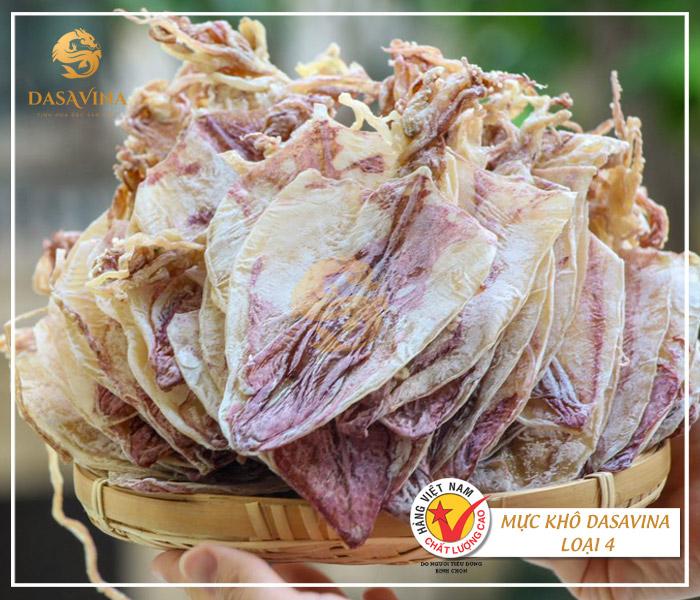 1 kg mực khô loại 4 có khoảng 50-60 con, thỏa sức cho quý khách hàng nhâm nhi