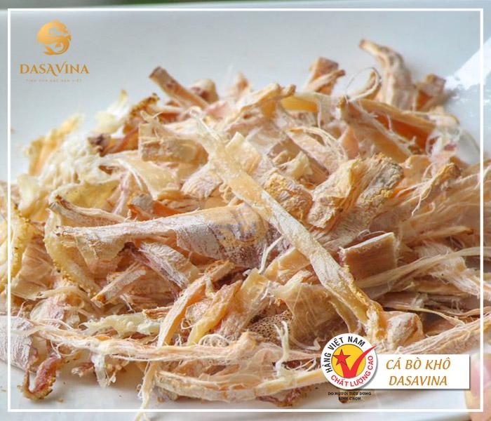 Có rất nhiều món ăn được chế biến từ mực khô, mực khô nướng là món ăn được thực khách ưa chuộng nhất