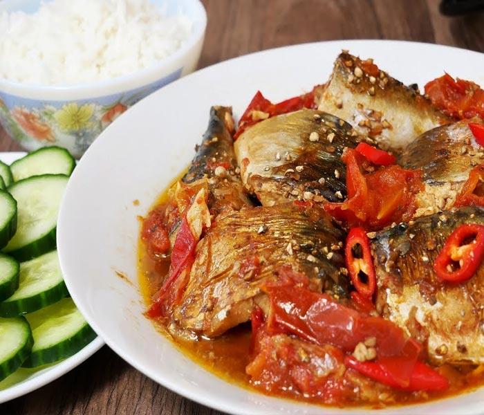 Cá chỉ vàng sốt cùng cà chua đậm đà trở thành món ngon vô cùng đưa cơm