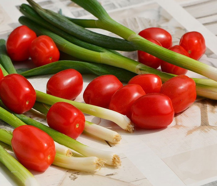 Nguyên liệu chuẩn bị làm chả mực sốt cà chua