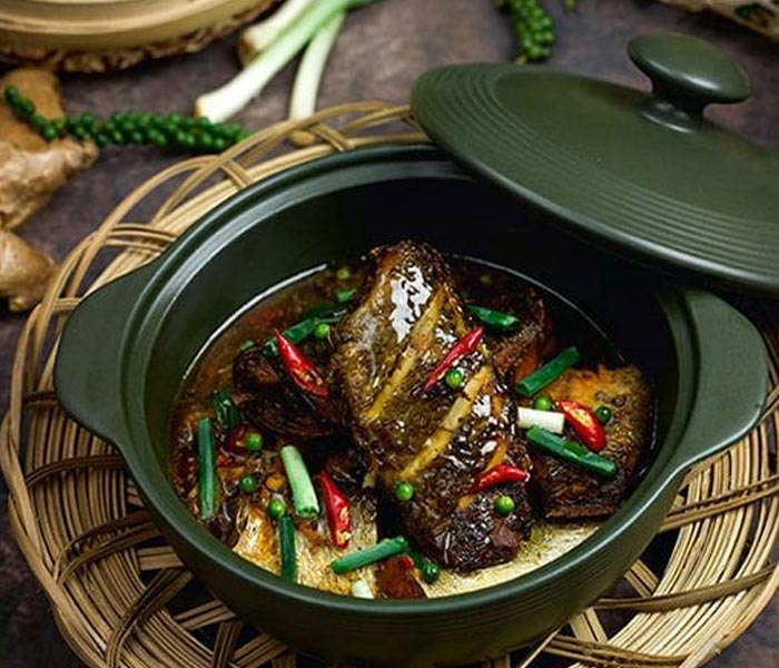 Cá rô kho tộ hương vị nồng nàn cho bữa ăn đậm đà