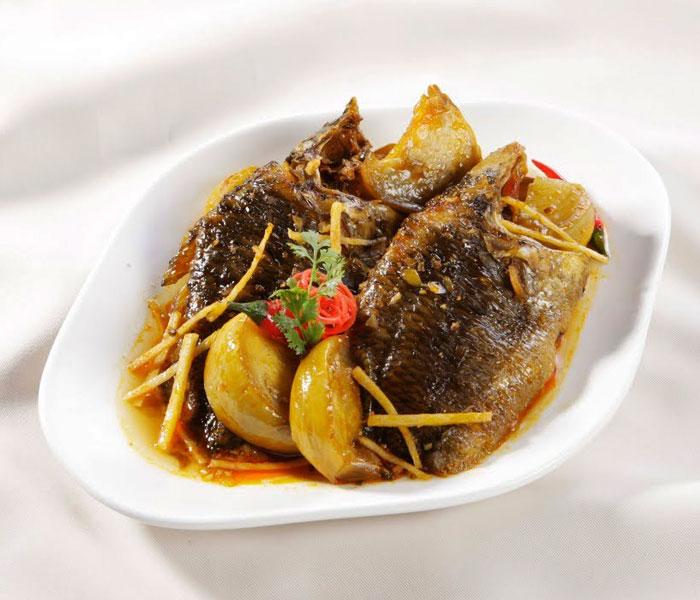 Món cá kho cà muối đậm vị thơm ngon