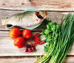 Sơ chế nguyên liệu kho cá