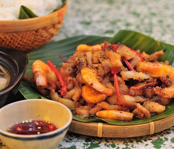 Thịt khô tôm hòa quyện cùng nước dừa thơm ngon