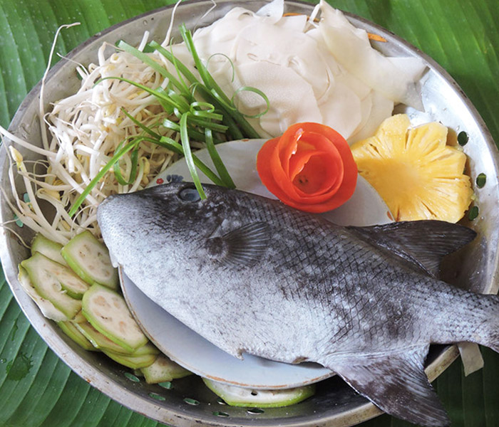 Nguyên liệu làm món cá bò nấu canh chua