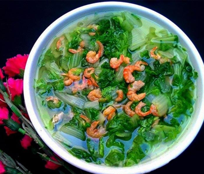 Canh cải nấu với tôm khô