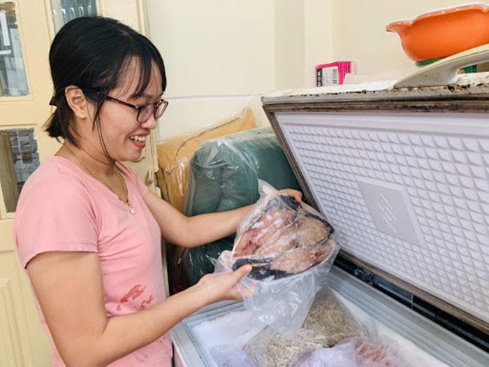 Bảo quản cá thu một nắng trong ngăn đá tủ lạnh