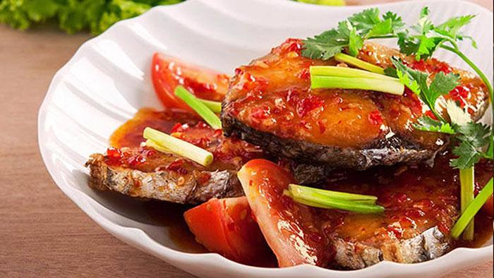 Một số lưu ý bạn nên biết để có món cá thu một nắng sốt cà chua đúng vị
