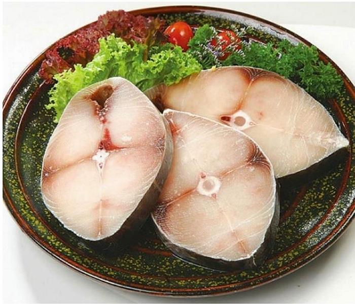 Cá thu dùng làm cá thu một nắng phải tươi ngon và có thớ thịt dày, to