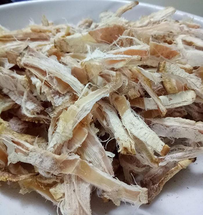 Mực khô - nguyên liệu không thể thiếu cho món bún riêu tôm mực khô