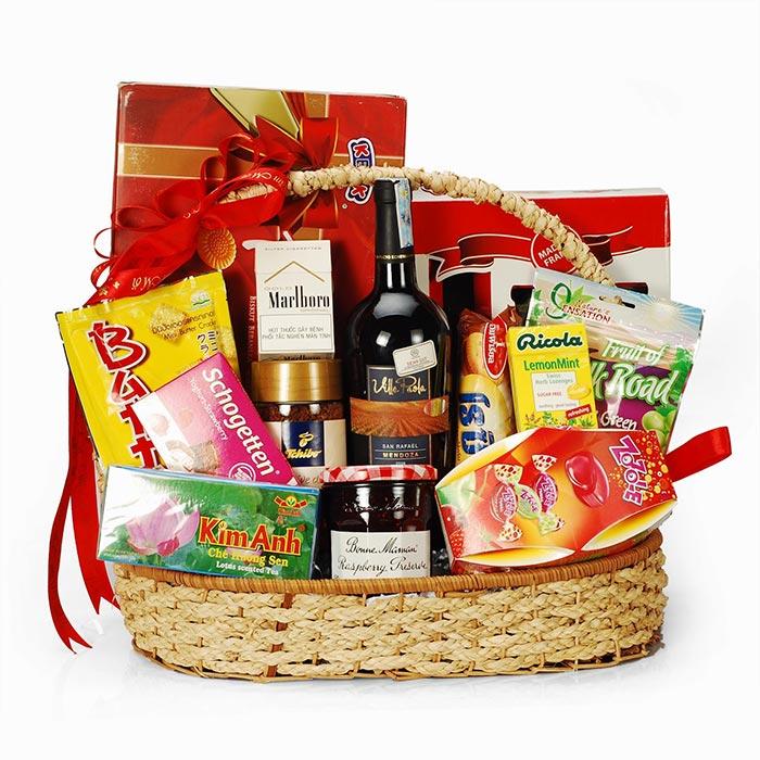 Để chọn được những món quà Tết phù hợp bên nên xác định đối tượng tặng quà và hiểu rõ sở thích của họ