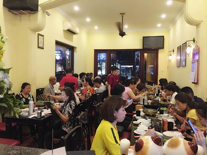 Nhà hàng Chả cá Kinh Kỳ thu hút nhiều thực khách bởi hương vị chả cá ngon hấp dẫn