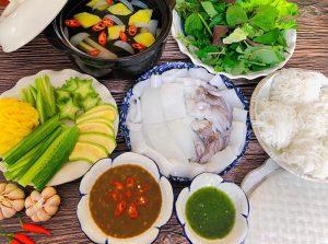 Mực nhúng dấm là món ăn kết hợp nhiều tầng hương vị